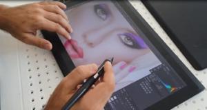 penna e tavoletta grafica con schermo wacom