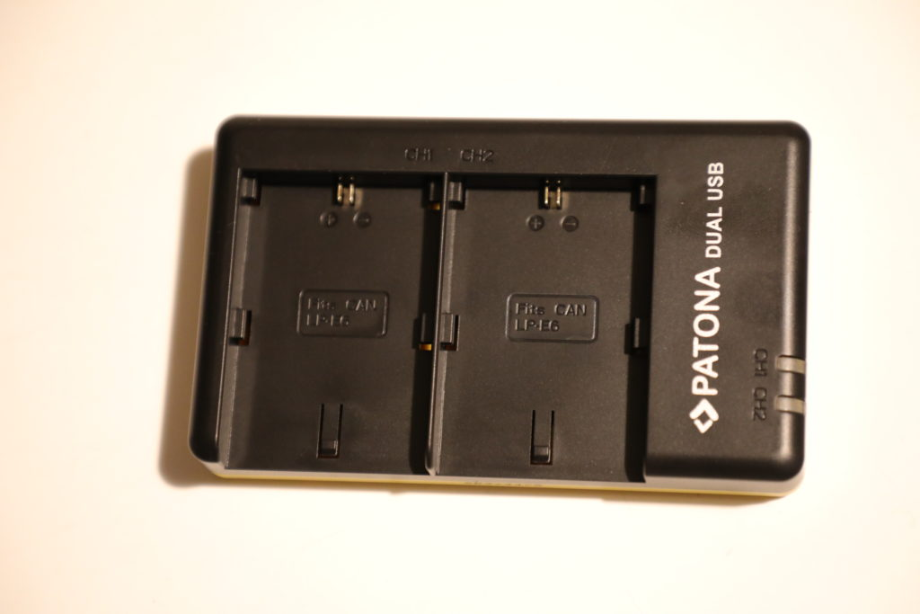 carica-batterie-macchina-fotografica-patona