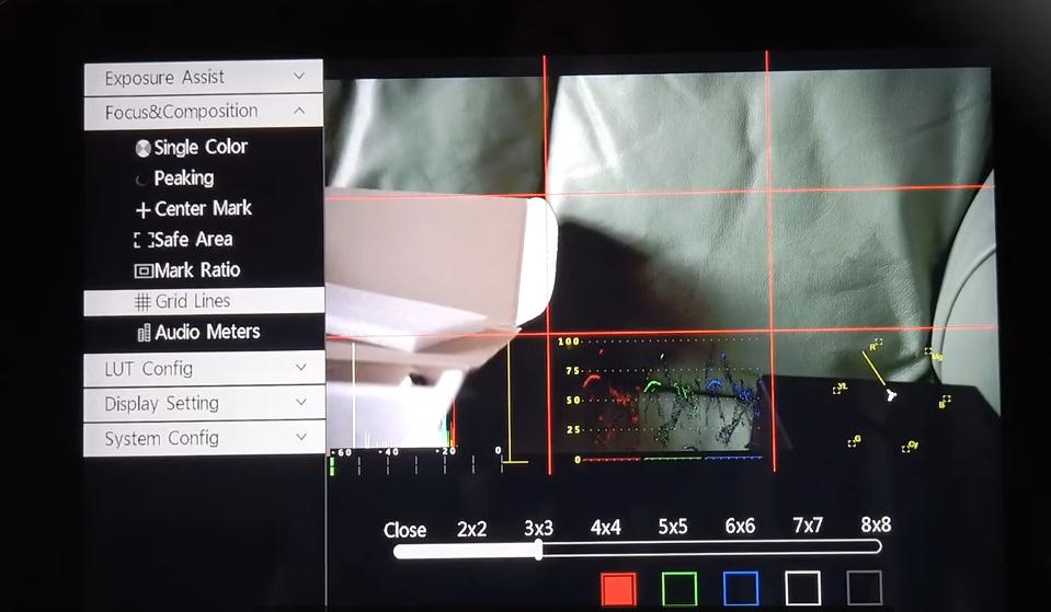 monitor-reflex-mirrorless