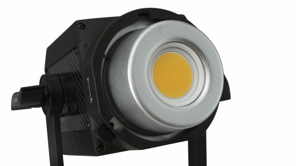 proiettore-led-light-nanlite-forza-200