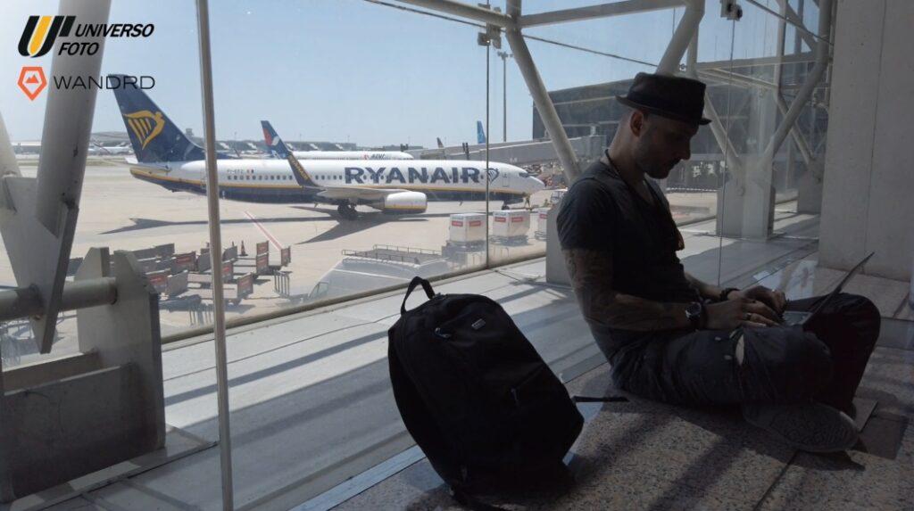 zaini-fotografici-da-viaggio-aereo-dimensioni-wandrd-duo-daypack