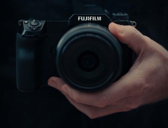 ev-nuova-fujifilm-gfx-100s