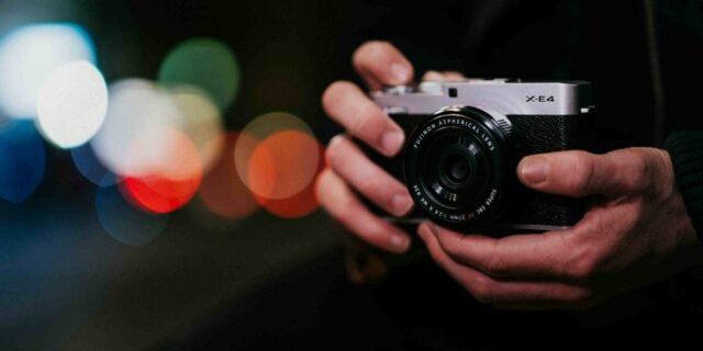 ev-nuova-fujifilm-x-e4-universo-foto-xe4