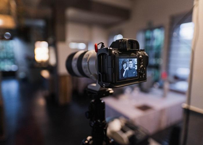 come-scegliere-una-fotocamera-guida