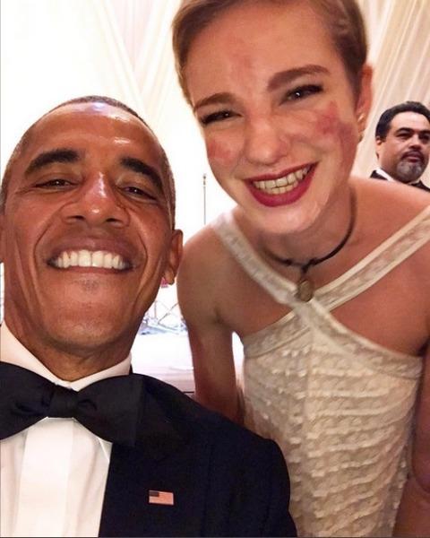 03-02-selfie-bebe-vio-barack-obama